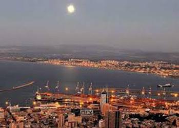 Панорама хайфского порта
